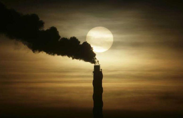 Klimat-150131-Skorsten med rök
